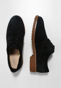 Clarks - GRIFFIN LANE - Veterschoenen - black - 2