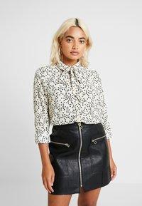 Vero Moda Petite - VMAFIA BOW - Button-down blouse - pistachio shell - 0