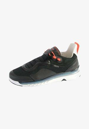 GEOX LEVITA - Chaussures de basket - black