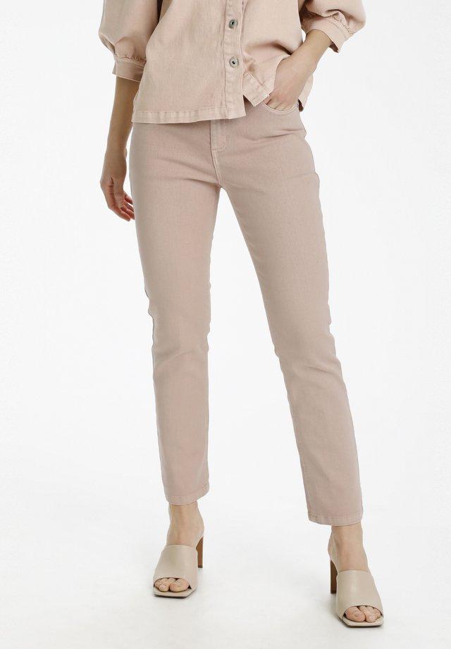 BELLIS - Jeans a sigaretta - misty rose