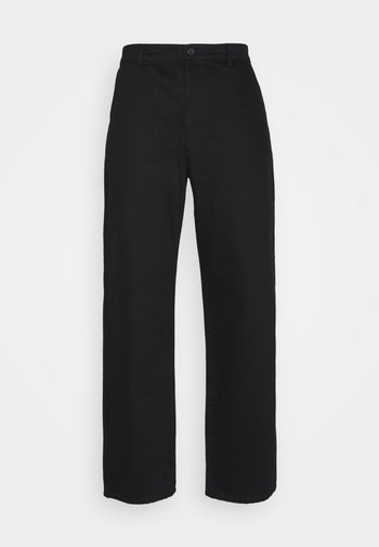Byron Denton x NU-IN RELAXED FIT TAPERED PANTS
