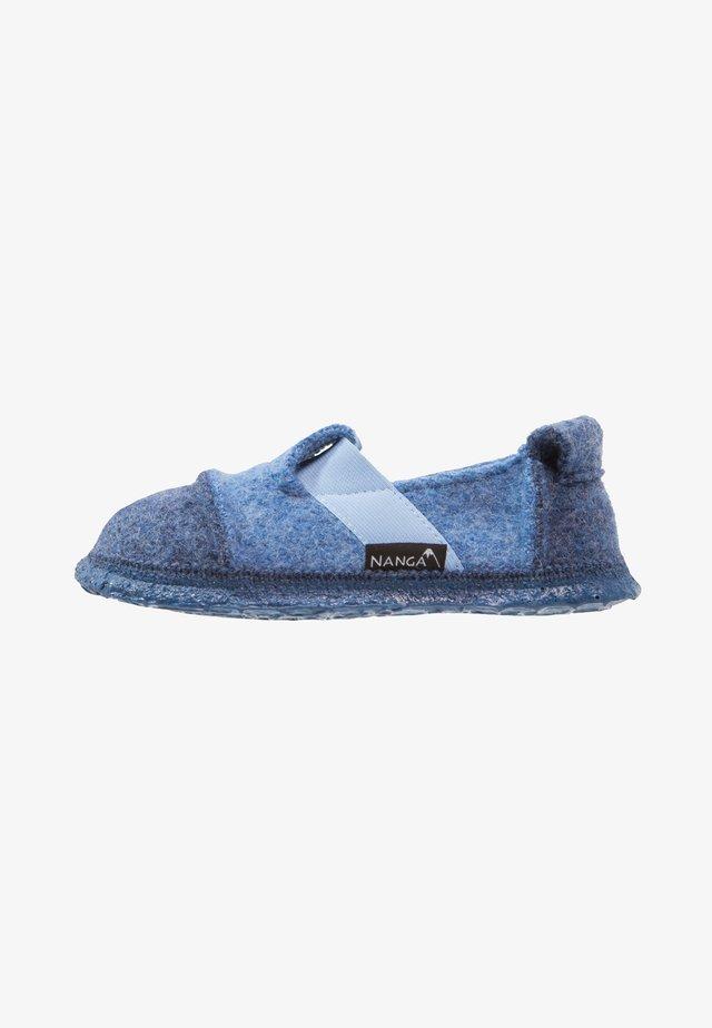 BERG - Slippers - mittelblau