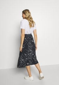 Marc O'Polo PURE - TIE SKIRT - A-snit nederdel/ A-formede nederdele - multi/dark blue - 2