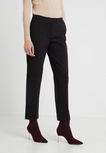 ELVE SLIM FIT TROUSER - Trousers - black