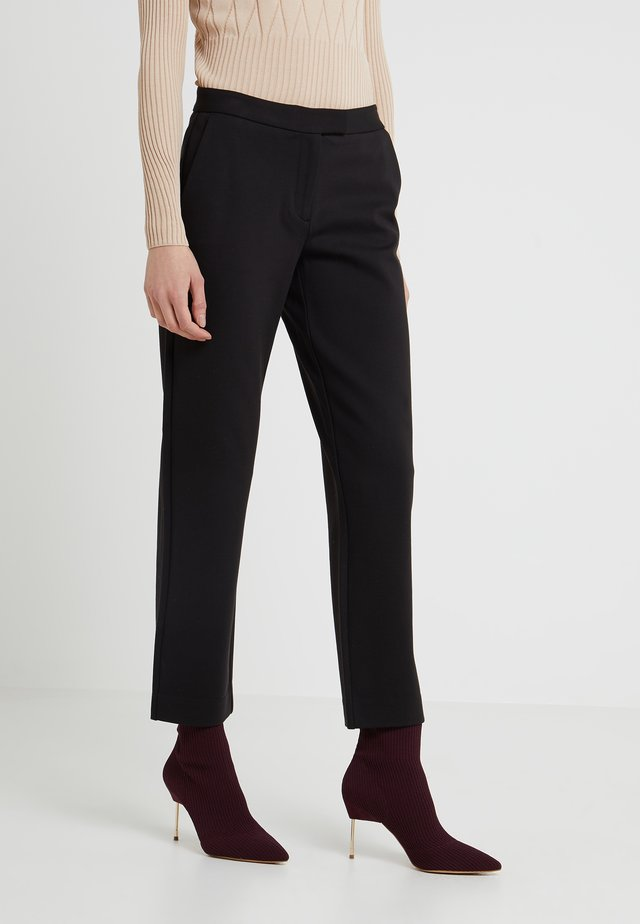 ELVE SLIM FIT TROUSER - Spodnie materiałowe - black