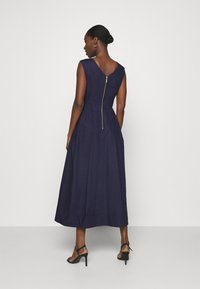 Closet - HIGH LOW PLEATED DRESS - Cocktailkjole - navy - 2
