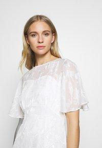 Dorothy Perkins - BRIDAL LEYLA BACK MAXI DRESS - Occasion wear - ivory - 3