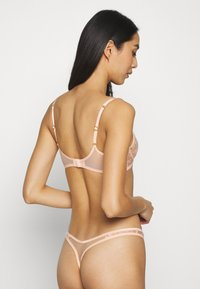 Agent Provocateur - ZADI THONG - String - peach - 2