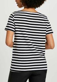 River Island - LOVE  - Print T-shirt - black - 2