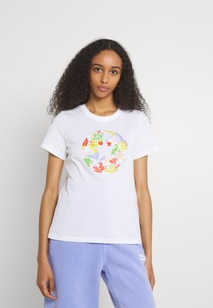 FLOWER PATCH GRAPHIC TEE - Print T-shirt - white