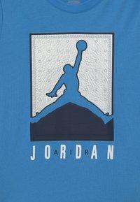 Jordan - LUXE - T-shirt con stampa - university blue - 2