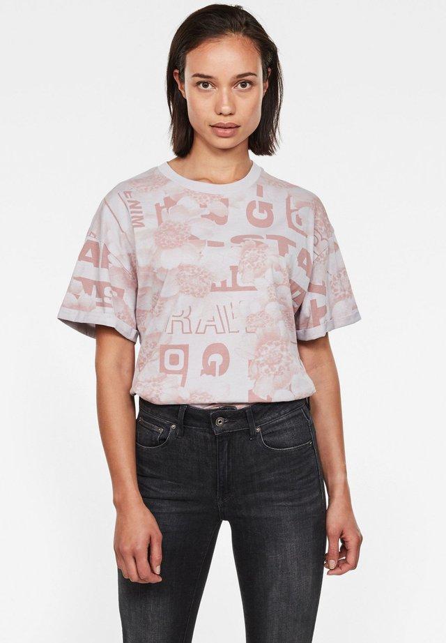 LOOSE - Print T-shirt - thistle original flower