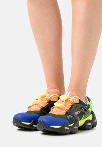 Polo Ralph Lauren - TECH TOP LACE - Sneakers basse - black/multicolor - 0
