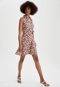 DeFacto - TROPICAL PRINTED - Robe chemise - red - 1
