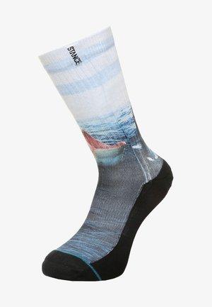 BLUE LANDLORD - Ponožky - blue