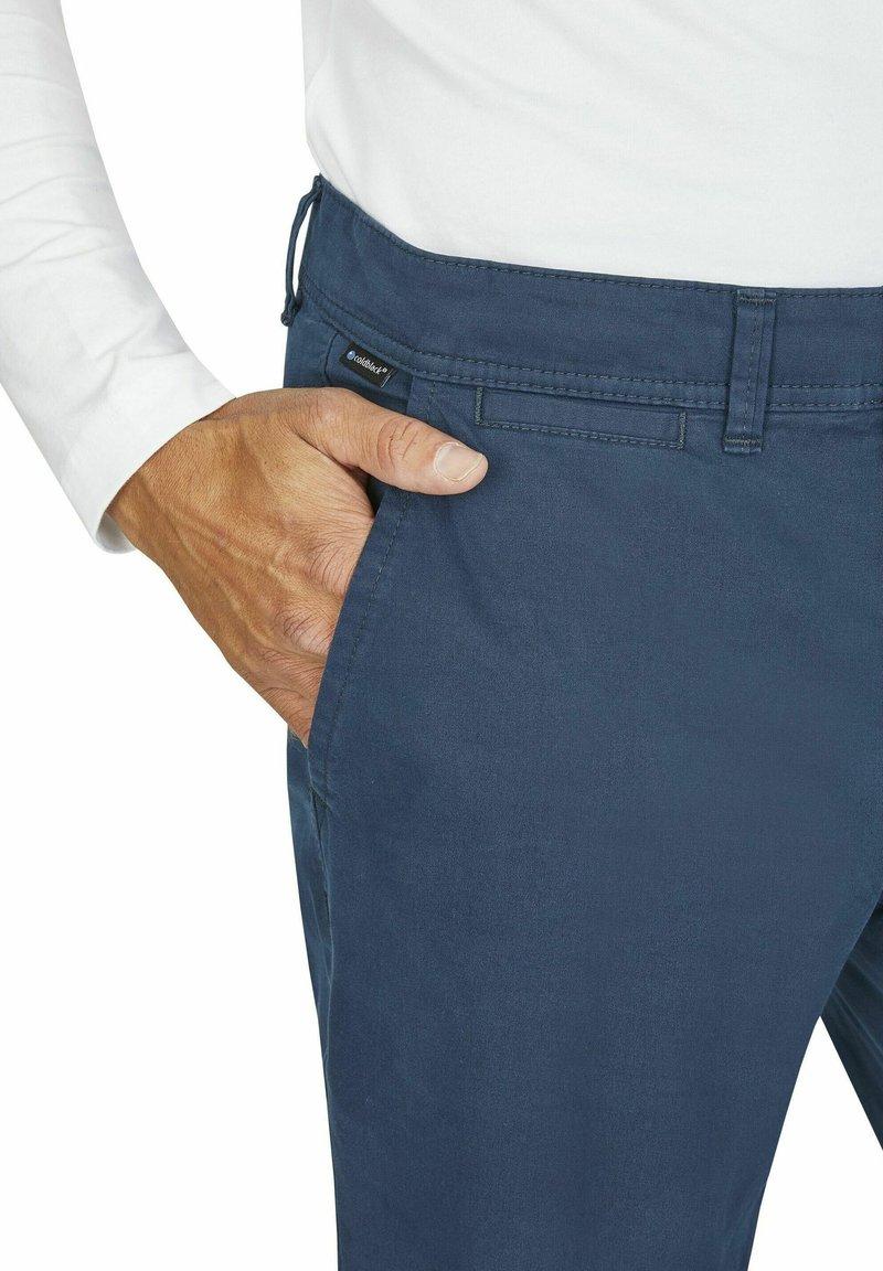 Club of Comfort - MIT ANGENEHMER COLDBLACK AUSRÜSTUNG - Trousers - rauchblau