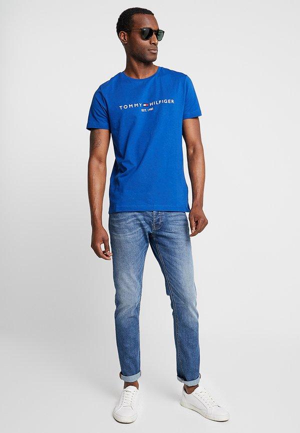 Tommy Hilfiger LOGO TEE - T-shirt z nadrukiem - blue/niebieski Odzież Męska LGRA
