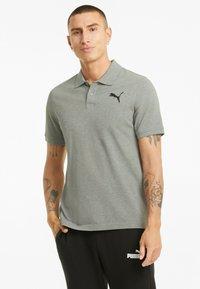 Puma - ESSENTIALS PIQUE  - Polo shirt - medium gray heather-cat - 0