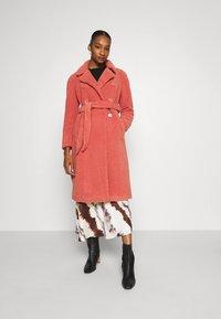 King Louie - EDITH COAT MURPHY - Classic coat - pink - 1