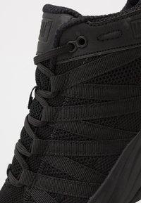 Hi-Tec - STORM TRAIL LITE - Trail running shoes - black - 5