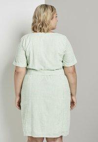 MY TRUE ME TOM TAILOR - EASY SLUB STRIPE DRESS - Day dress - light green white stripe - 2