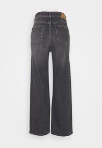 Pepe Jeans - LEXA SKY HIGH - Straight leg jeans - denim - 1