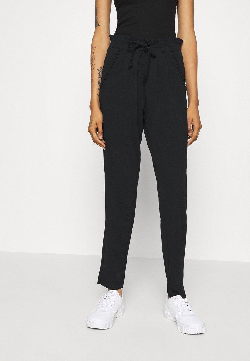 JDY - JDYCATIA NEW PANT - Tracksuit bottoms - black
