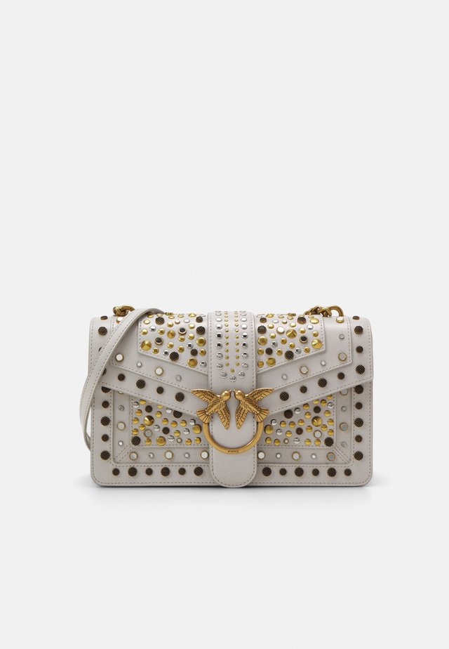 LOVE CLASSIC ICON NEW STUDS VINTAGE - Sac bandoulière - ghiaccio