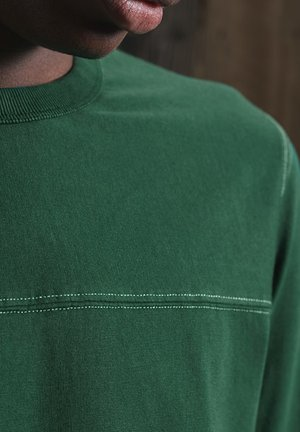 NARRATIVE FOOTBALL - Long sleeved top - mid pine