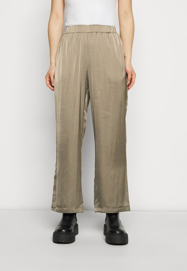 VMNATALIA PANTS - Pantaloni - bungee cord