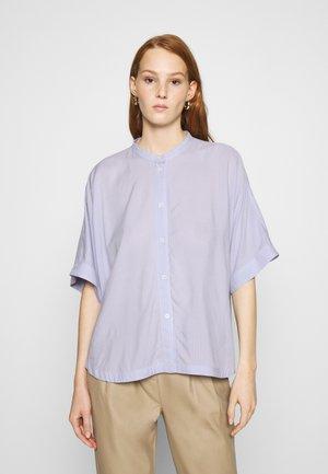 GEORGIA - Button-down blouse - light blue