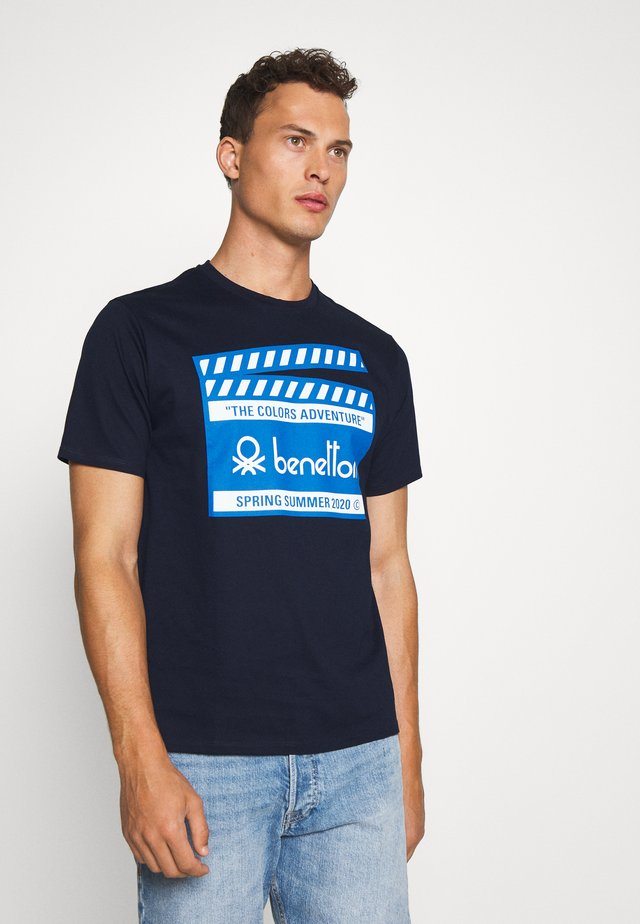 CANNES - Print T-shirt - dark blue