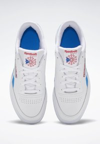 Reebok Classic - CLUB C REVENGE SHOES - Trainers - white - 6