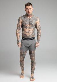 SIKSILK - 3 PACK - Pants - grey - 0