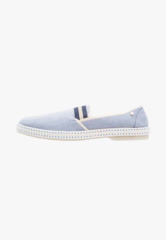 COLLEGE OXFORD - Loaferit/pistokkaat - bleue