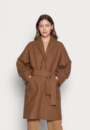 CILJA ROBE COAT - Classic coat - camel