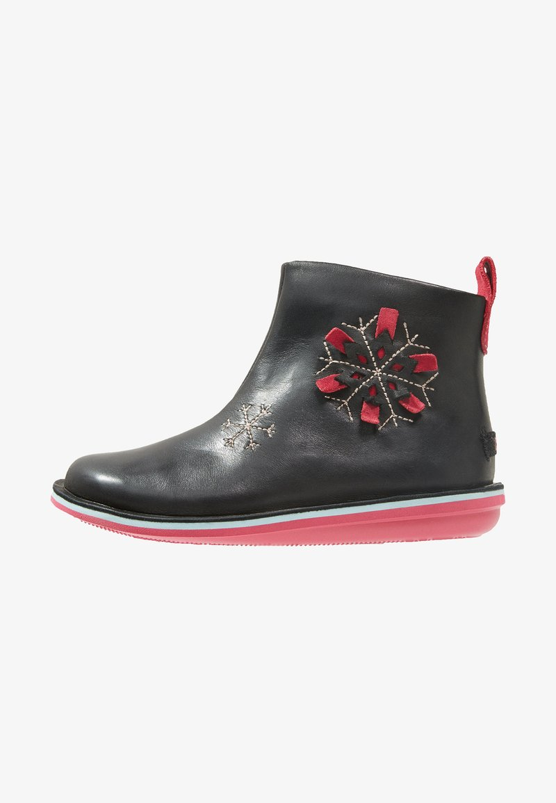 Camper - TWINS - Classic ankle boots - black/pink
