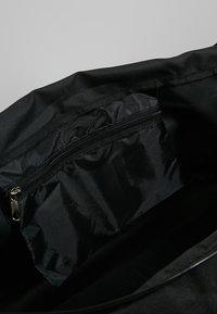 Hummel - CORE SPORTS BAG - Sports bag - black - 5