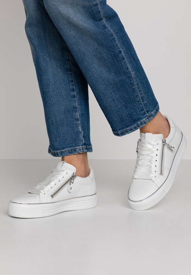 UP - Sneakers basse - bianco