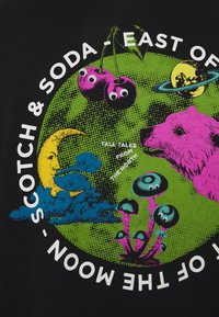 Scotch & Soda - STREETWEAR INSPIRED OVERSIZED ARTWORK TEE - Print T-shirt - black - 2