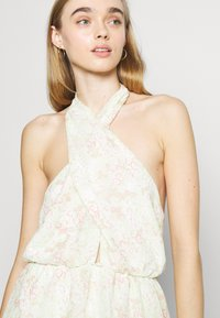 Gina Tricot - EXCLUSIVE MALVA HALTERNECK DRESS - Cocktail dress / Party dress - green - 3