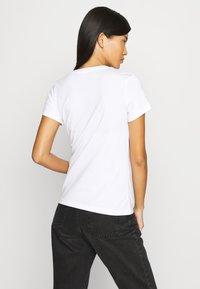 Calvin Klein Jeans - 2 PACK - Print T-shirt - bright white - 2