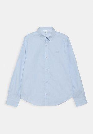 Camisa - himmelblau
