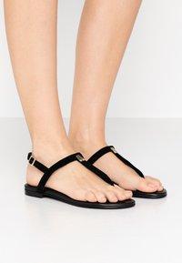 Pretty Ballerinas - ANGELIS - T-bar sandals - black - 0