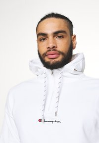 Champion Rochester - ROCHESTER HALF ZIP HOODED - Hoodie - white