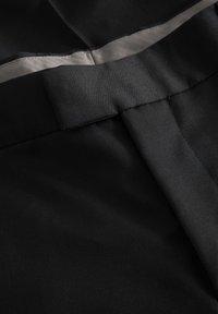 Matinique - LAS - Jakkesæt bukser - black - 4