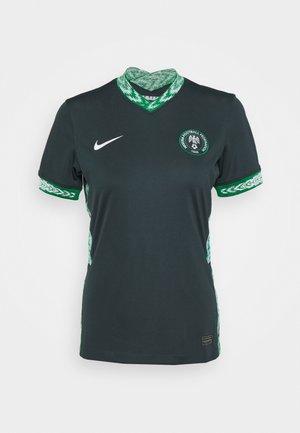 NIGERIA - Club wear - seaweed/white