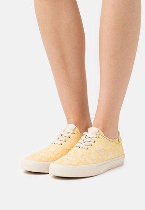 CITYSOLE - Sneakers basse - pale yellow