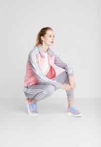adidas Performance - GAMETIME - Treningsdress - glow pink/medium grey heather - 1