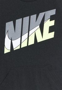 Nike Sportswear - GRAPHIC ROMPER - Jumpsuit - black - 2